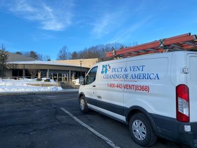 Cornerstone Aquatic Center – West Hartford, CT image002.jpg