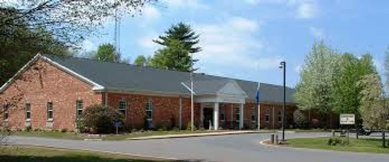 Town of Suffield Police Dept. Town_of_Suffield_Police_Department.jpg